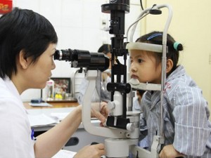 Mua kính râm cận ở đâu là tốt nhất?