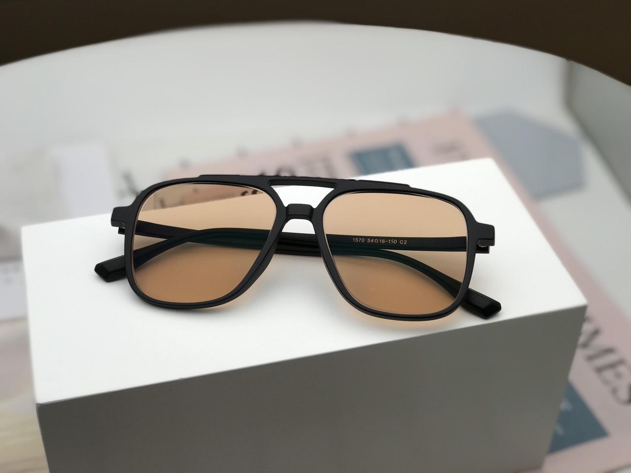 kính râm cho người cận thị